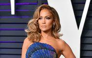 Jennifer Lopez recadre un internaute qui l'accuse d'avoir abusé du Botox®