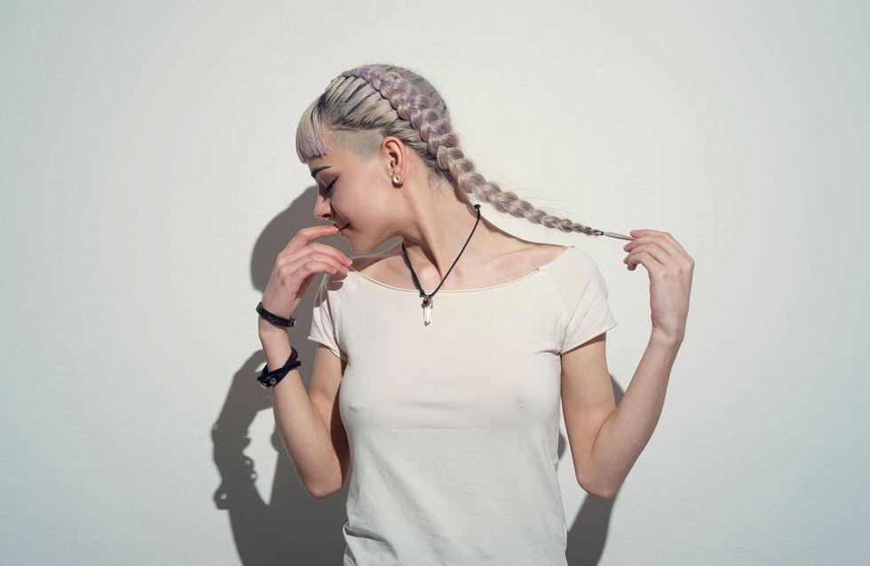 Lo shatush grigio è il nuovo trend capelli; a chi dona di più?