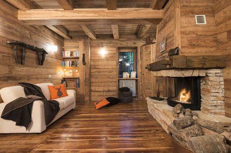 arredare taverna: il legno