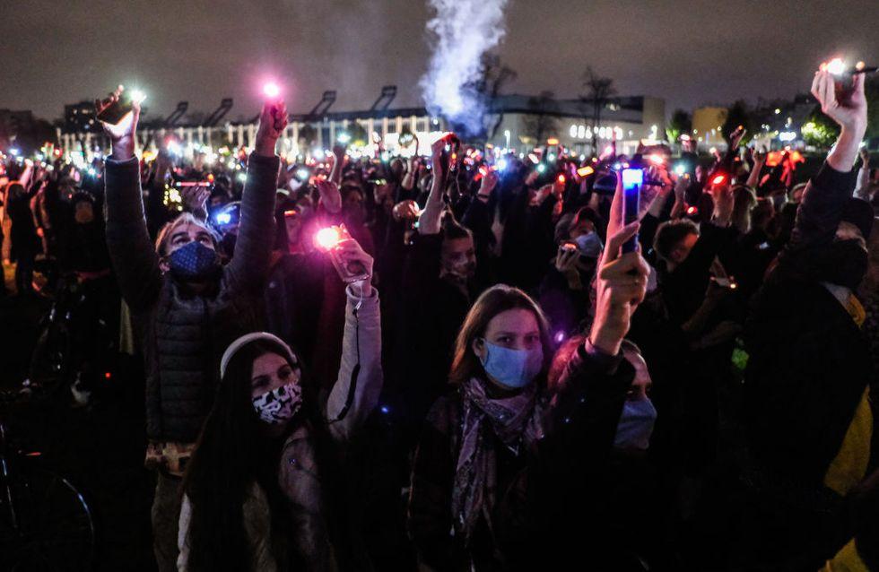 L'avortement bientôt interdit en Pologne, manifestations féministes géantes dans tout le pays