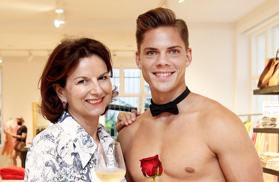 Claudia Obert: Ungewohnt verlegen beim Nackt-Date