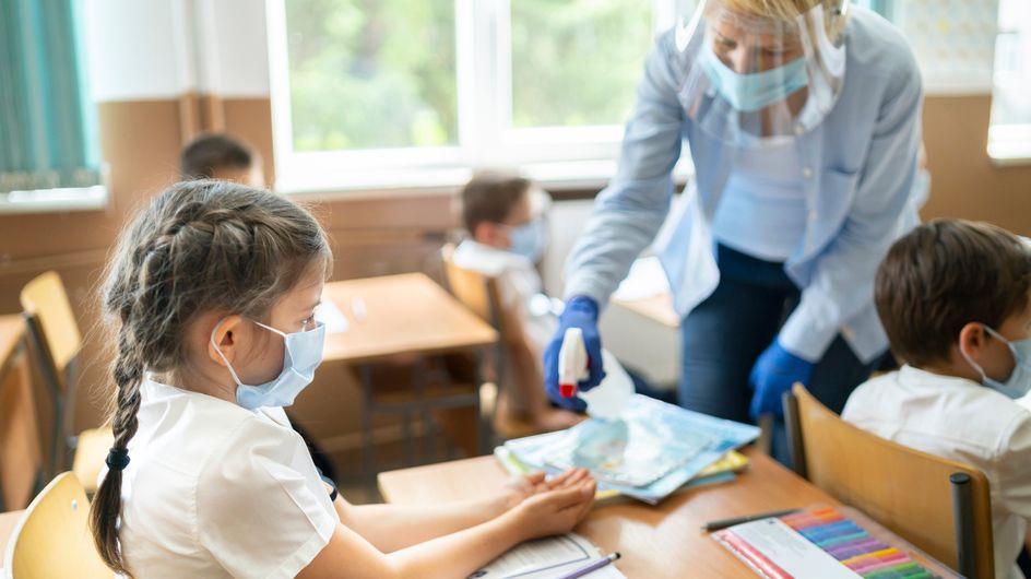 Covid 19 :virus variant, maternelle, désormais les classes seront fermées au premier cas positif