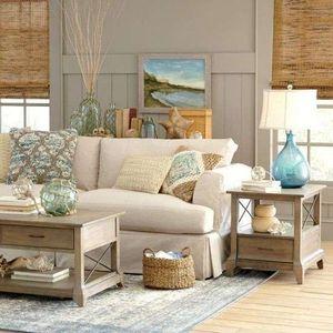arredare casa al mare: divano e tavolini