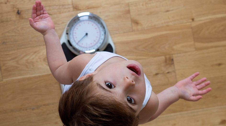 Poids idéal d'un enfant : comment le calculer en fonction de l'âge et de la taille ?