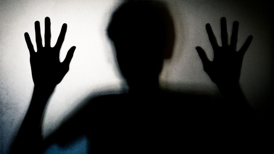 """Féminicides : Les armes des conjoints violents saisies """"systématiquement"""" dès le premier dépôt de plainte"""