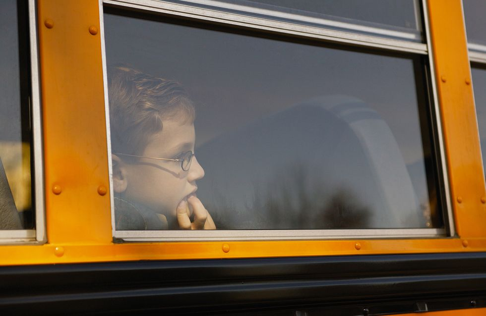 Un enfant de 4 ans oublié dans un bus : «Les conséquences psychologiques peuvent être graves»