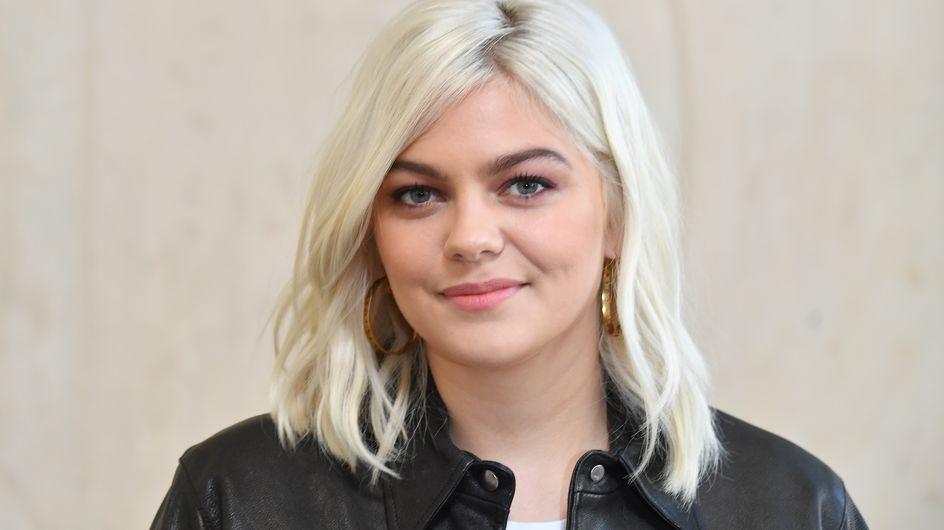 Nouvelle coiffure pour Louane qui adopte la tendance rétro du moment !