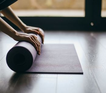 Tapis de Yoga : les meilleures marques de tapis de yoga  écologiques et nos cons