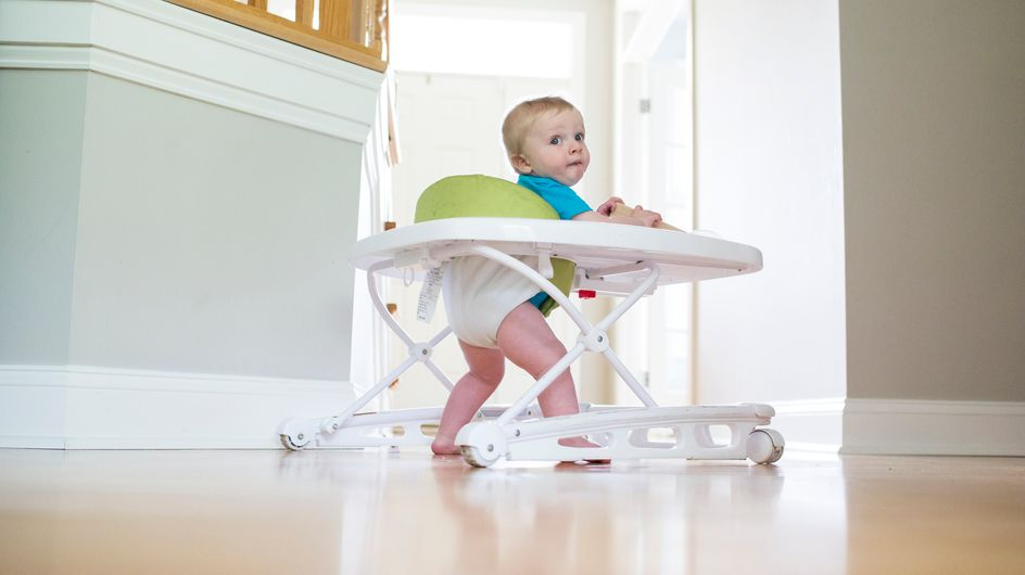 Chaises hautes, sièges de table, cale-bébés et trotteurs : 12 produits jugés dangereux retirés de la vente par la DGCCRF