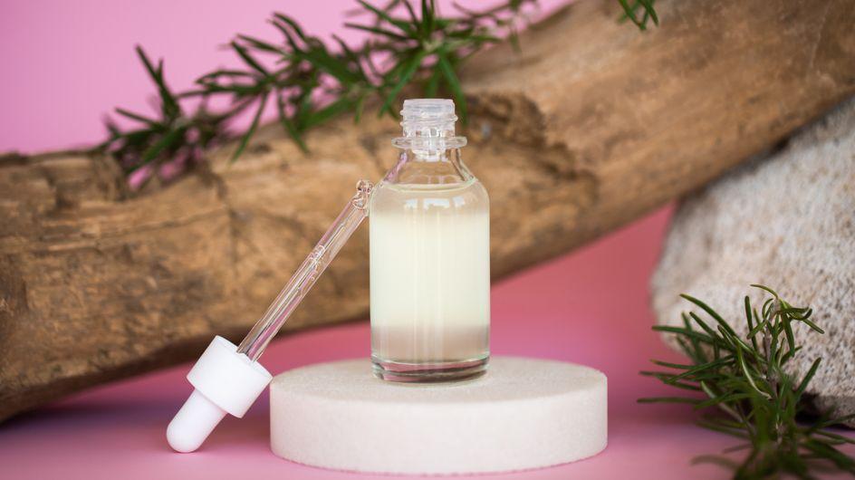 Olio di rosmarino: stimolante naturale per viso, corpo e capelli