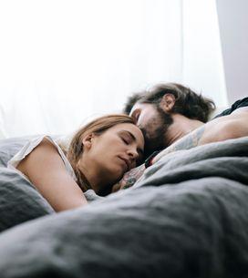 Voici les positions sexuelles qui permettent de mieux dormir la nuit d'après une