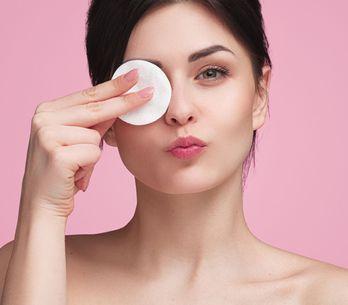 Make-up-Entferner im Test: Die besten Produkte für Gesicht und Augen