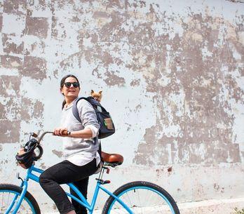 Andare in bicicletta fa dimagrire? Ecco i benefici per gambe, glutei e pancia