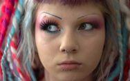 Piercing labbro inferiore:  un gioiellino adorato dalla gioventù