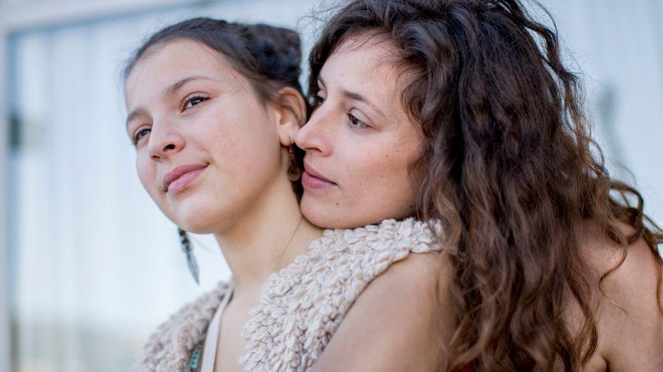 """Cette mère enseigne à ses cinq filles que """"la première fois"""" n'est pas aussi importante qu'il n'y paraît"""