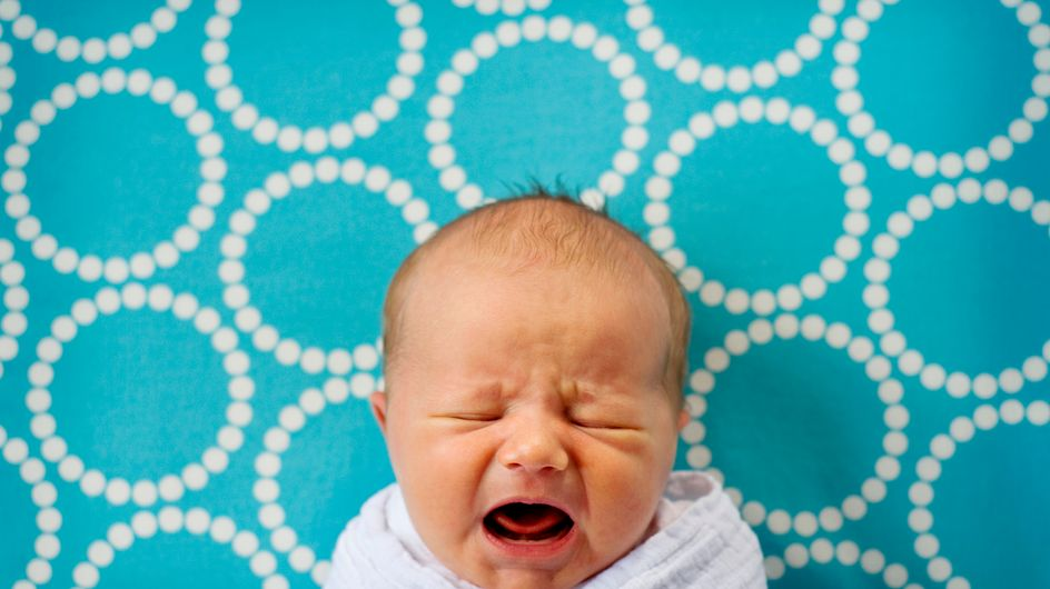 Sindrome del bambino scosso: cos'è e quali danni comporta lo scuotimento violento dei bambini
