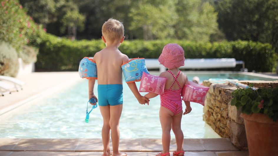 Covid-19 : avec la fermeture des piscines, un risque d'explosion des noyades chez les enfants est-il à craindre ?