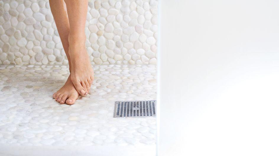 Prurito ai piedi: come prevenire e curare questo fastidioso problema