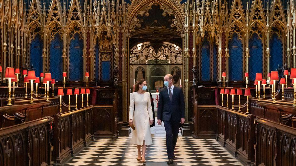 Kate Middleton attire tous les regards dans un long manteau blanc