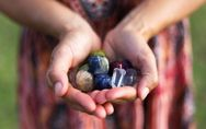 Pietre portafortuna: le gemme preziose in base al proprio mese di nascita