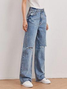 Jeans larghi strappati