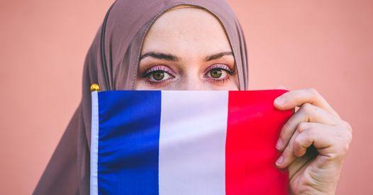 Avec #PasToucheAmonHijab, les femmes musulmanes font entendre leur voix