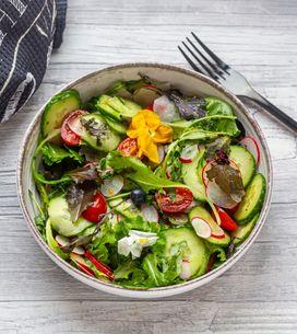 Cibi che non fanno ingrassare: gli alimenti che puoi mangiare anche a dieta
