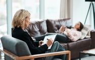 Psicoterapia: come la terapia con uno psicologo ci può aiutare