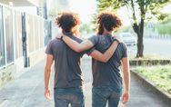 Le 35 frasi e citazioni più belle da dedicare ai fratelli e alle sorelle
