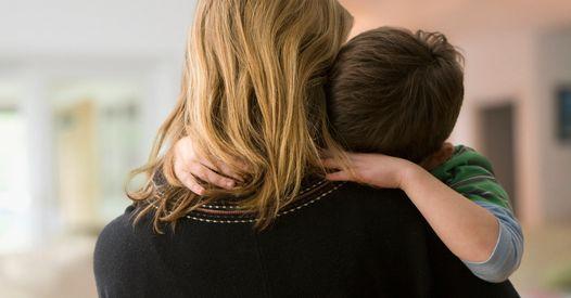 """""""Eux savaient mais ils n'ont rien dit"""" : scandale de la Dépakine, le cri de colère d'une mère dont le fils est né avec des malformations"""