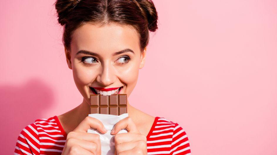 Si può mangiare il cioccolato in allattamento? Sì, a piccole dosi.