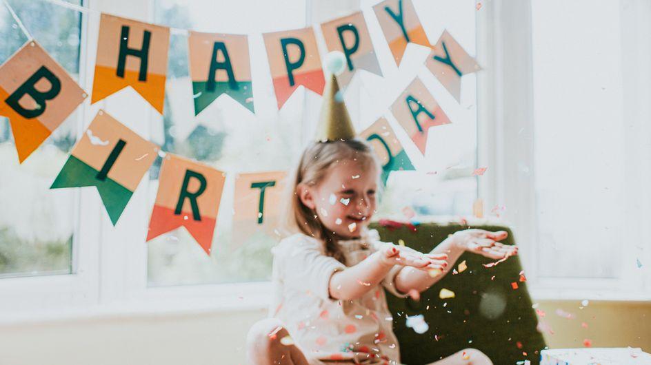 Frasi compleanno spiritose in rima: i migliori auguri da dedicare a chi ami