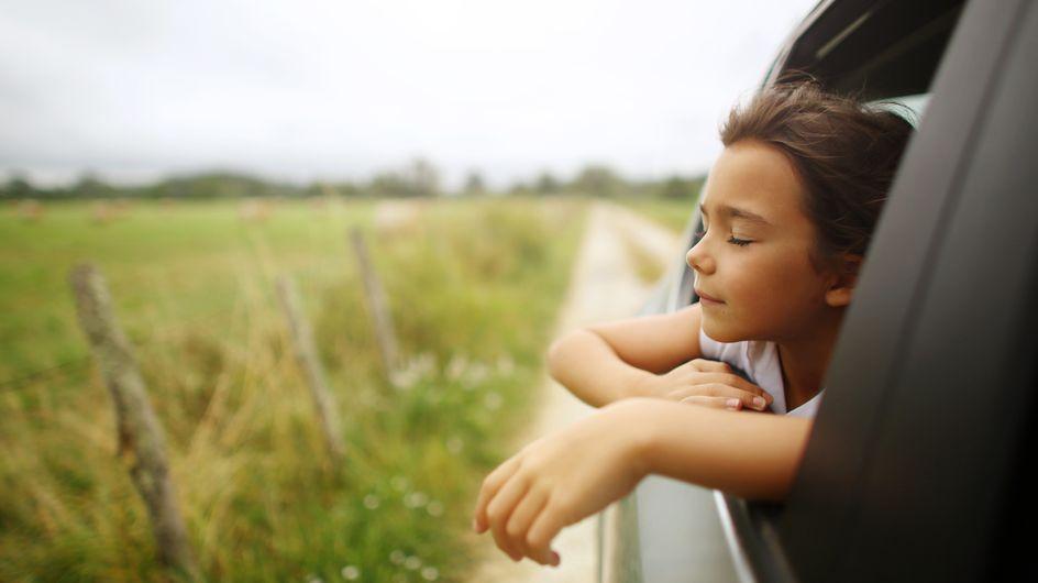 Bambini in auto: cosa può succedere in caso di incidente