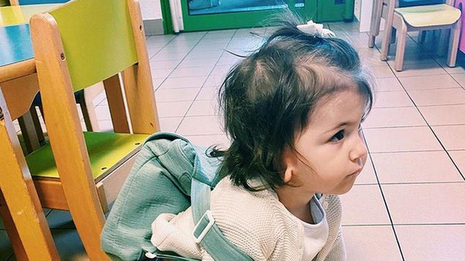 Eléonore est née sans oreille droite : le combat de ses parents pour la faire opérer