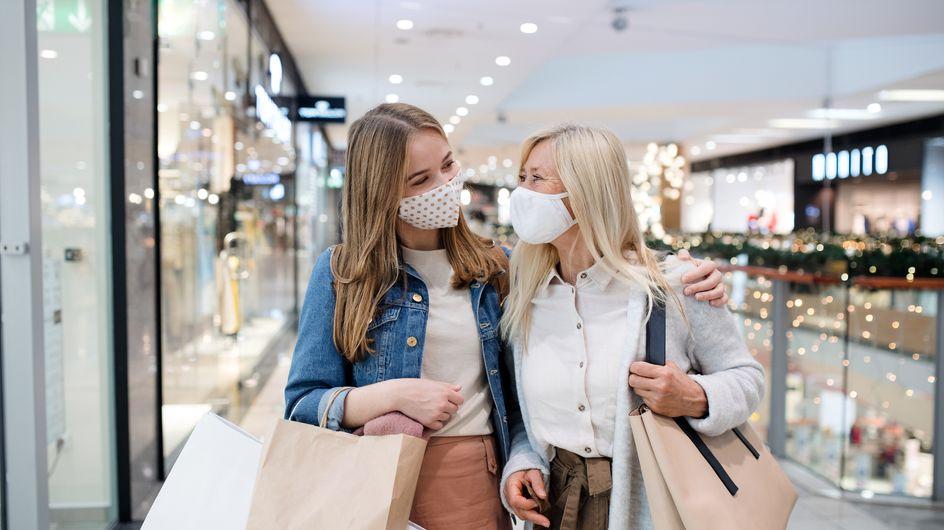 Fast fashion: cos'è e che impatto ha su ambiente e lavoratori?