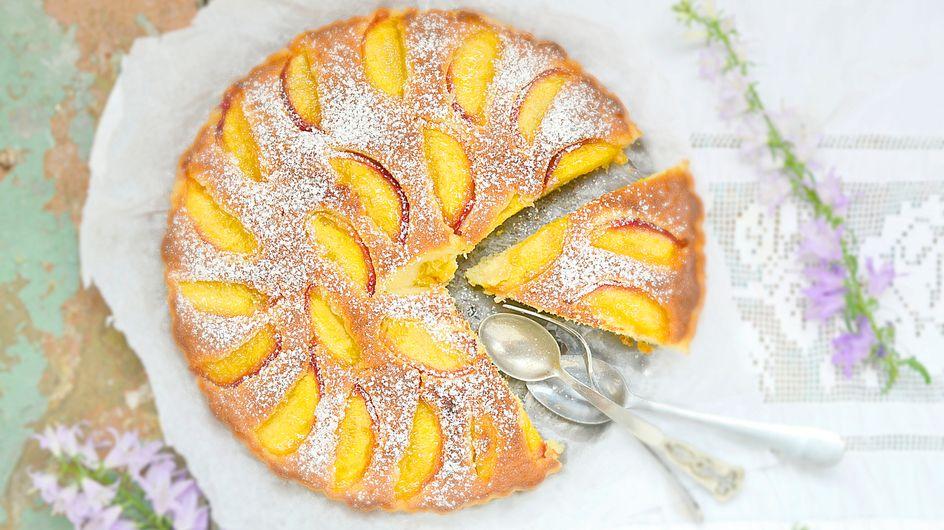 Blitzkuchen mit Pfirsich: Geniales Rezept in unter 15 Minuten