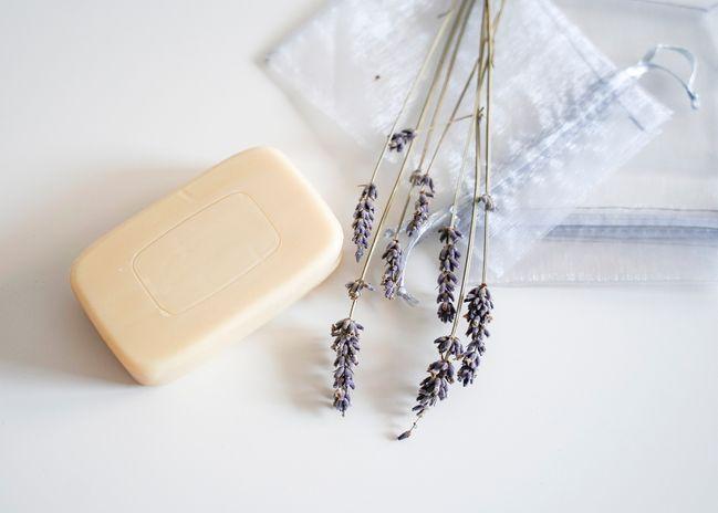 sapone di marsiglia: si può usare anche come fragranza negli armadi
