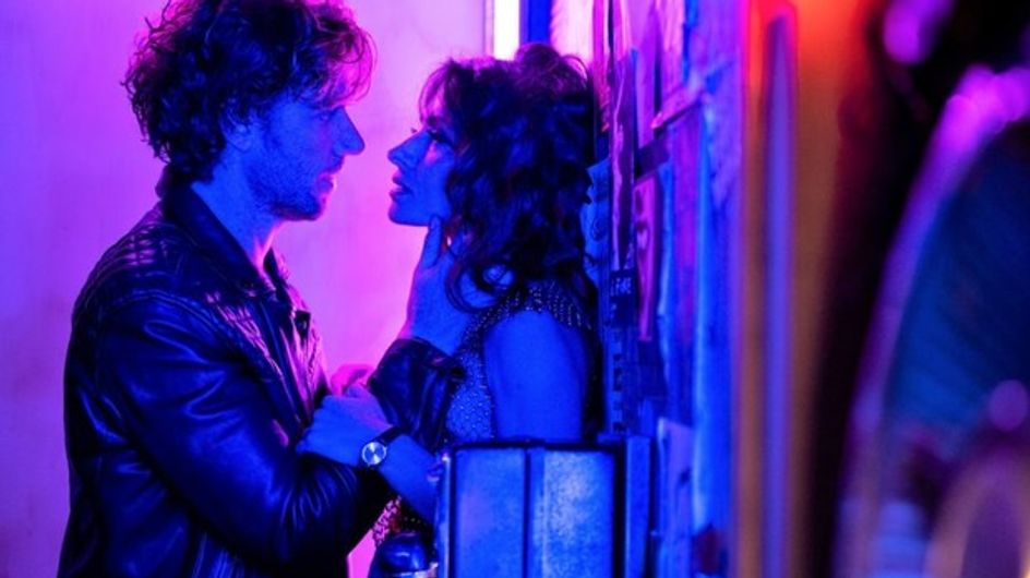 Netflix : 3 films et séries où la tension sexuelle est à son comble
