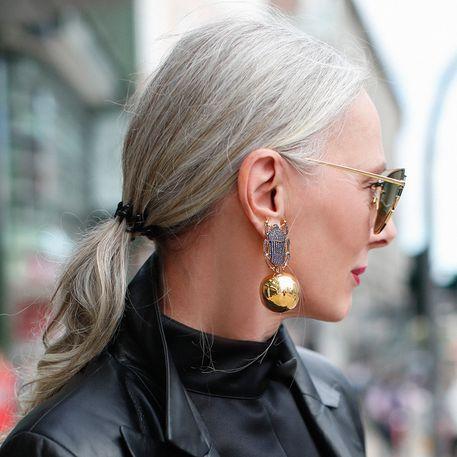 Haare für junge frauen graue Graue Haare:
