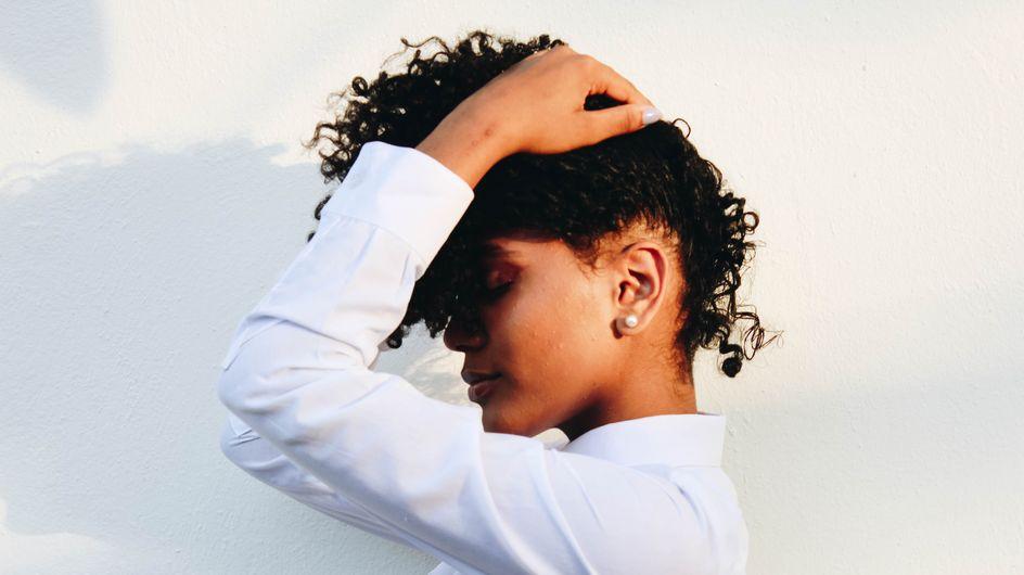 Le bicarbonate de soude : ami ou ennemi de nos cheveux ?