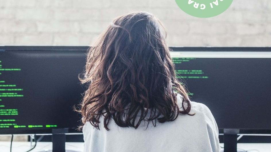 """""""Ça ne devrait pas être honteux d'être ambitieuse quand on est une femme"""" : Fanny Forgeau se confie sur son métier dans la cybersécurité"""