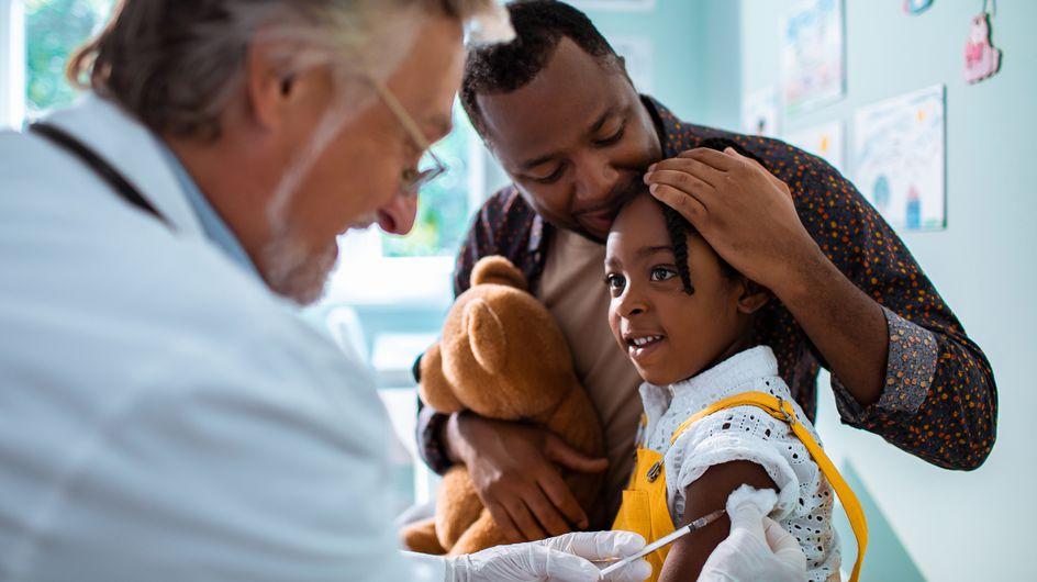 Covid-19 : plus de 5000 enfants de moins de 11 ans vaccinés… sans autorisation
