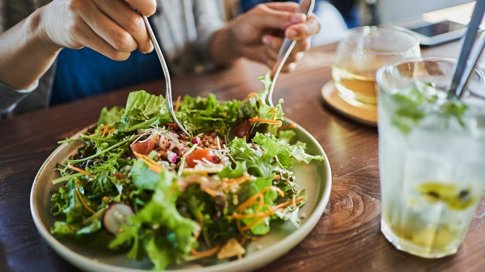 Dieta ferrea per dimagrire e perdere peso velocemente: significato, come funziona ed esempio di menù