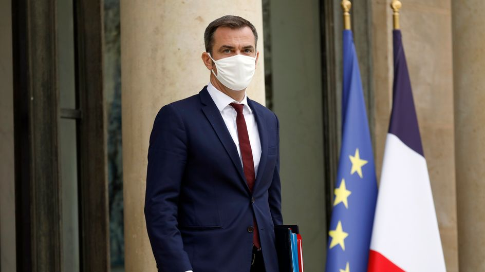 Pass sanitaire : Olivier Véran annonce un délai pour les ados
