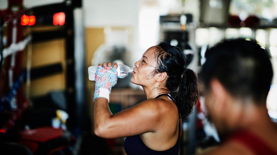 Sudare fa dimagrire: è vero o è un falso mito del fitness?