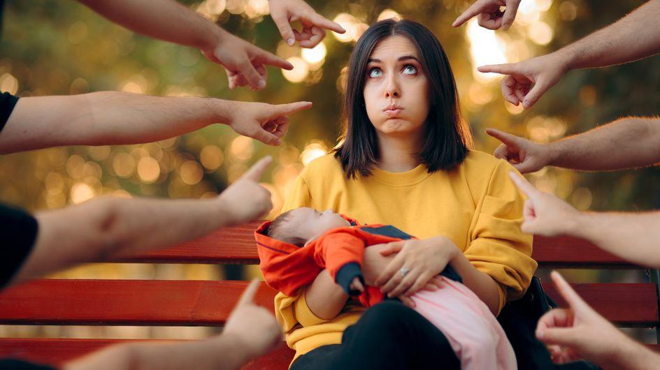 Mom shaming: le vere 'mamme cattive' sono quelle che giudicano