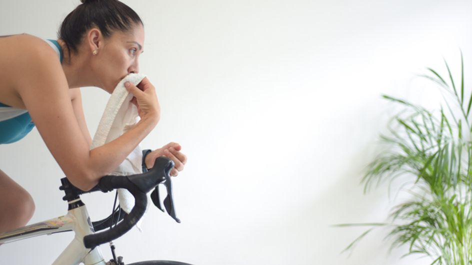 La cyclette fa dimagrire la pancia? Sfatiamo i falsi miti e scopriamo come perdere peso pedalando