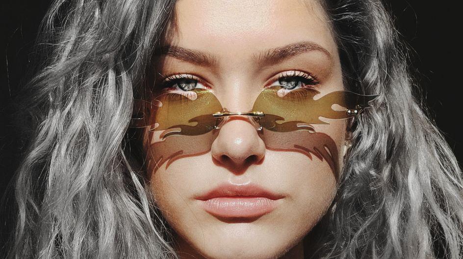 I capelli grigi sulla donna: perché il silver look è di moda