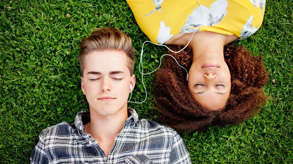 Canzoni da dedicare a lui: 15 brani per la sua playlist