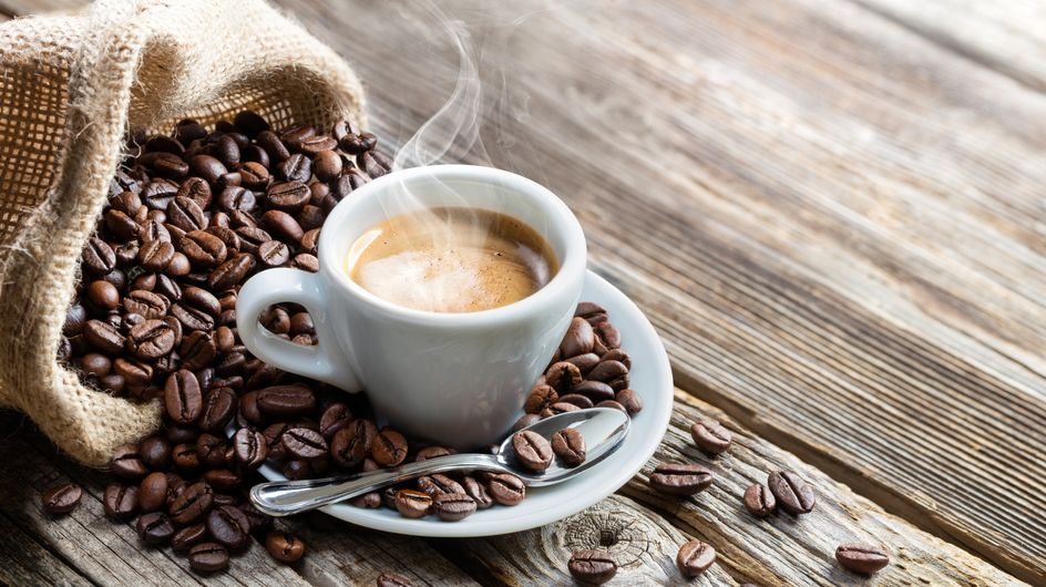 Il caffè fa ingrassare? Proprietà ed effetti collaterali di questa bevanda